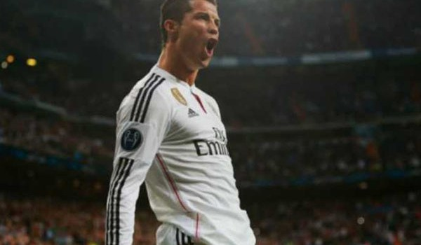 Gaji Besar Cristiano Ronaldo Bingung Digunakan Untuk Apa