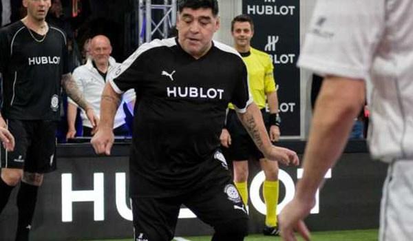 Diego Maradona Sesumbar Bisa Kelabui Video Asisten Wasit