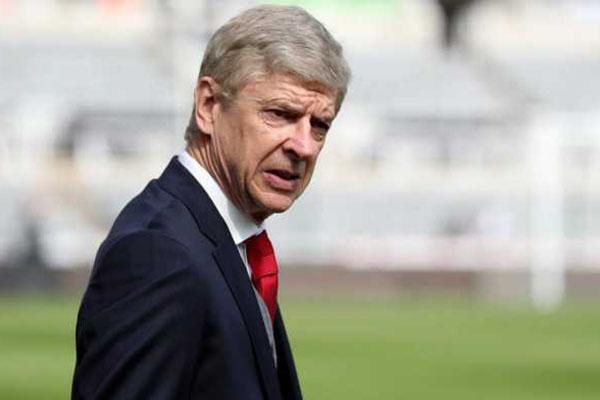 Real Madrid Dikabarkan Sedang Dekati Arsene Wenger