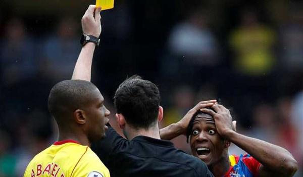 Wilfried Zaha Diving Manajer Crystal Palace Tetap Bela