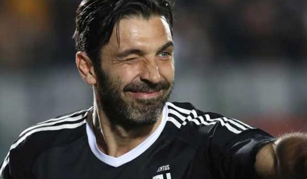 Gianluigi Buffon Lagi Serius Didekati Kubu Paris Saint Germain