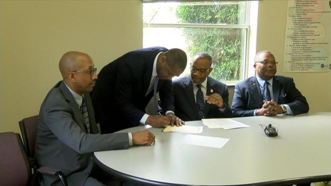 Warren minority leaders pledge to collaborate_40263