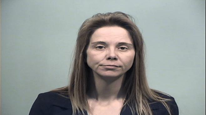 Farmdale woman pleads guilty to raping 14-year-old boy in Kinsman_65381