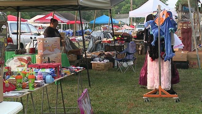 North Jackson yard sale_88908