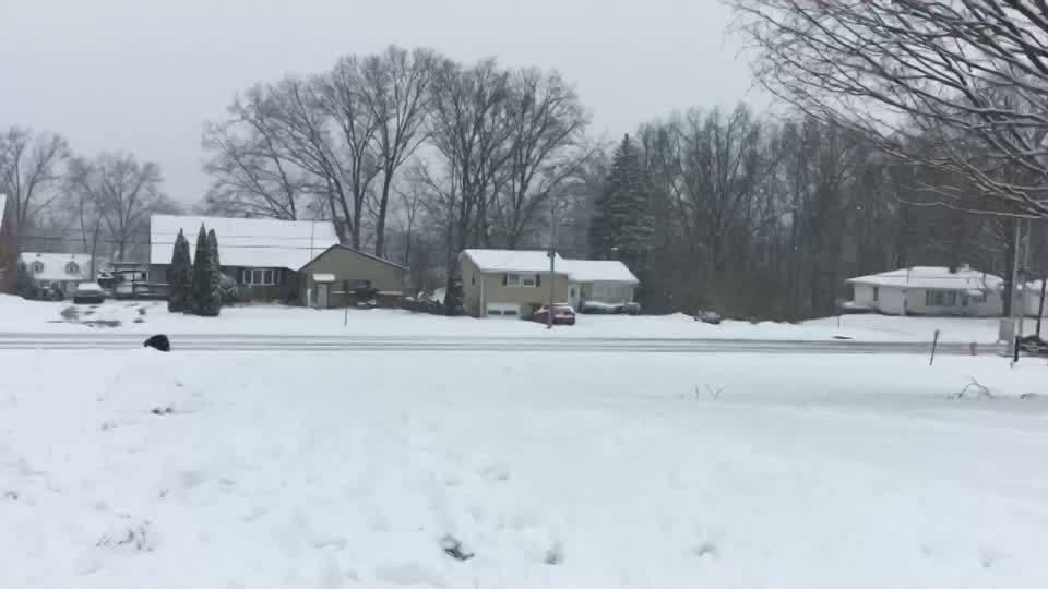 Families_in_Niles_take_advantage_of_snow_3_20190119223829-873777806