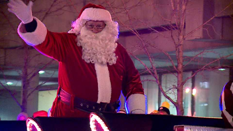 Santa, Youngstown holiday parade