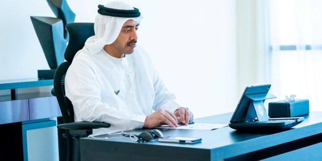 مصمم أزياء للعمل في الكويت