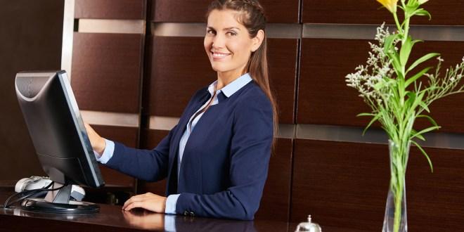 اعلان توظيف موظف استقبال مبتدئ في الإمارات