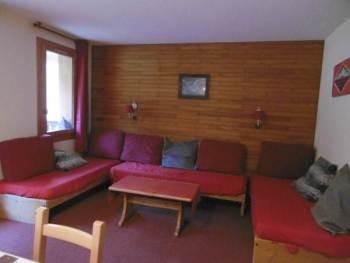 wintersport appartement woon zit kamer