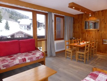 Woonkamer appartement Souche 16