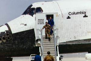 Columbia.sts-1.egress.triddle