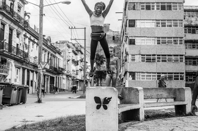 Músico cubano X Alfonso estrena nuevo disco Inside