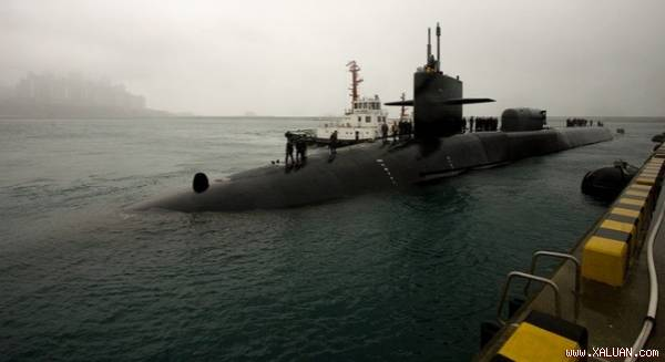 Tàu USS Michigan tới thăm cảng Busan, Hàn Quốc. Ảnh: Wikimedia
