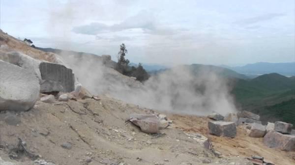 Theo ông Minh, tai nạn làm 4 người thương vong vừa xảy ra là do nổ mìn khai thác đá. (Ảnh minh họa)