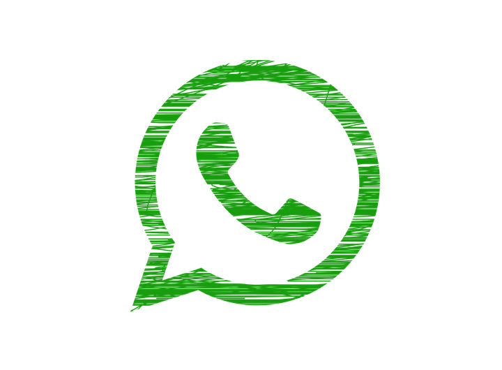 WhatsApp Now the First Third-Party Chat App to Support Apple's CarPlay