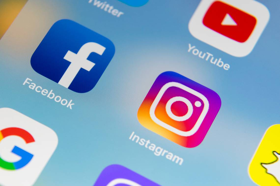 Facebook and Instagram Thanksgiving Day outage