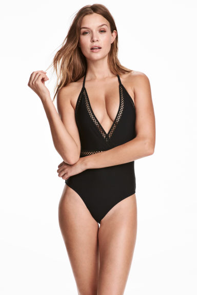 summer trend swimsuit shopping