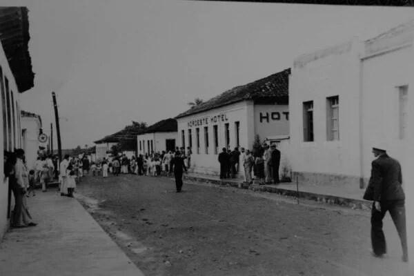 Rua Visconde de Porto Seguro, antiga rua das Flores