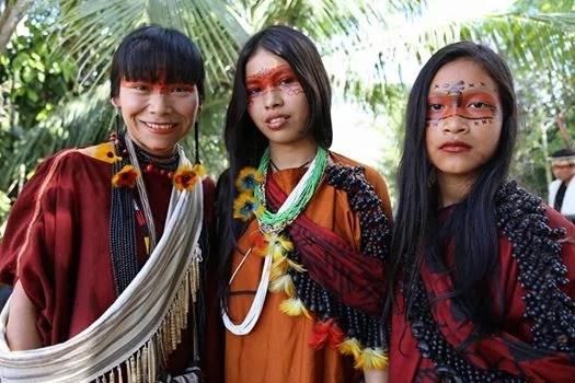 Mulheres Indígenas: Diversos olhares, muitos papéis
