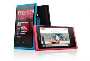 Le Nokia 800 est disponible chez les opérateurs.