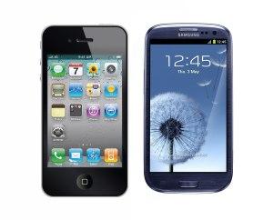 Un iPhone 4 et un Galaxy SIII.