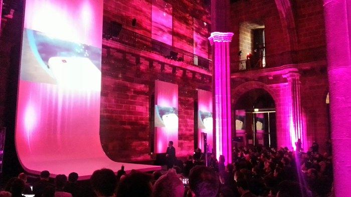 La présentation du Huawei Ascend P2 à Barcelone à l'occasion du Mobile World Congress.