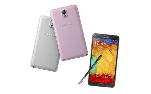 Le Samsung Galaxy Note 3 et son dos en faux cuir. Vraiment dommage...