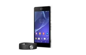 Le Sony Xperia Z2 et le Smartband.