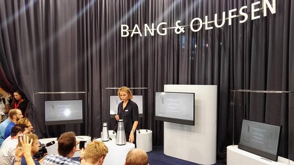 Les BeoSound 1 et 2 de Bang & Olufsen.