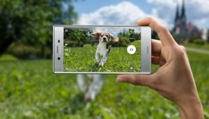 Test: les beaux smartphones Sony Xperia XZ et X Compact sur le gril