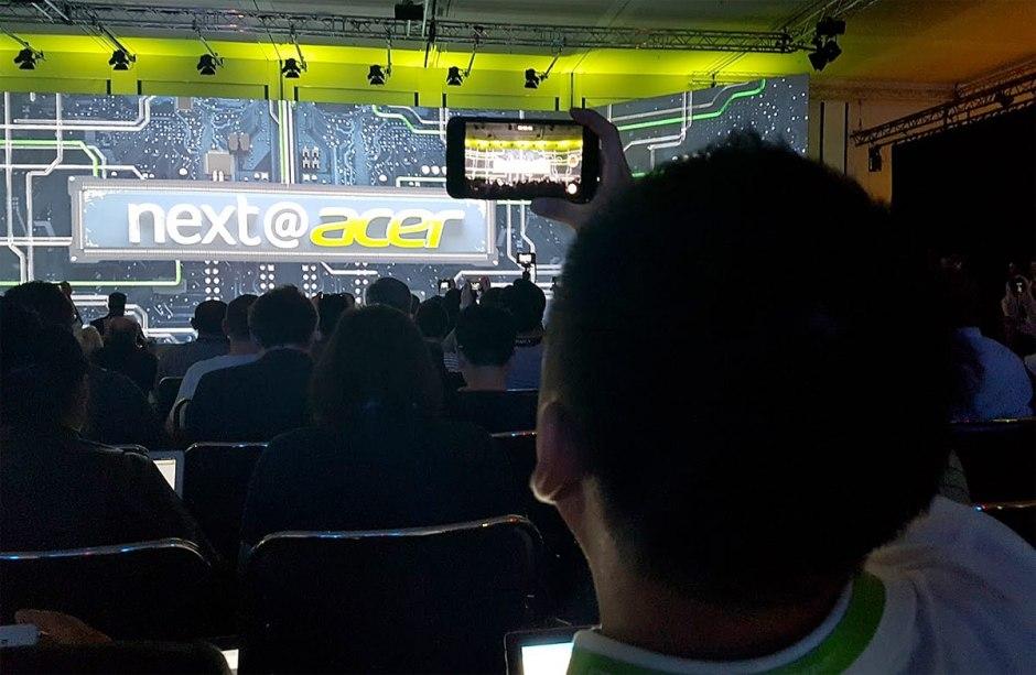 Acer a dévoilé des portables ultralégers et minces à l'IFA 2017 de Berlin.