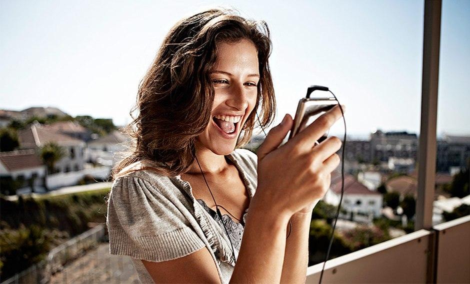 Avec SimplyMobile, Swisscom bouleverse le concept d'option de données.