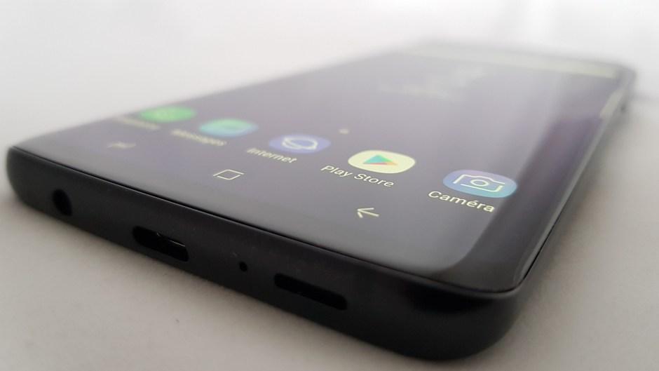 Le Samsung Galaxy S9+ possède un écran de 6,2 pouces (15,75 cm).