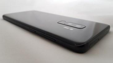 Galaxy S9+ : Samsung Exynos 9 série 9810, 10 nm Octa Core.