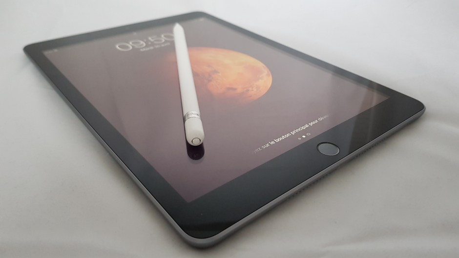 Le nouvel iPad, 6e du nom, avec l'Apple Pencil. Test complet.