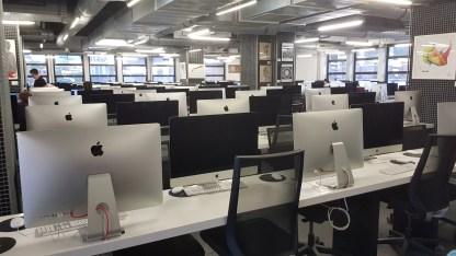 Une des salles de travail d'Ecole 42 à Paris.