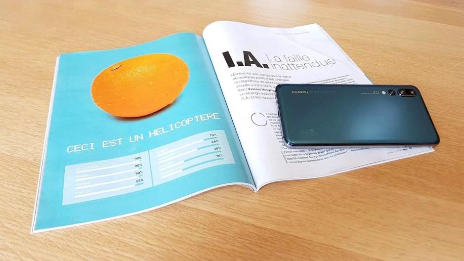 Un article du Science & Vie du mois de juin 2018 et un Huawei P20 Pro boosté à l'«intelligence artificielle».
