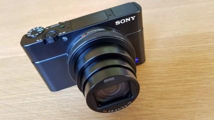 Le test du très compact Sony RX100 VI.