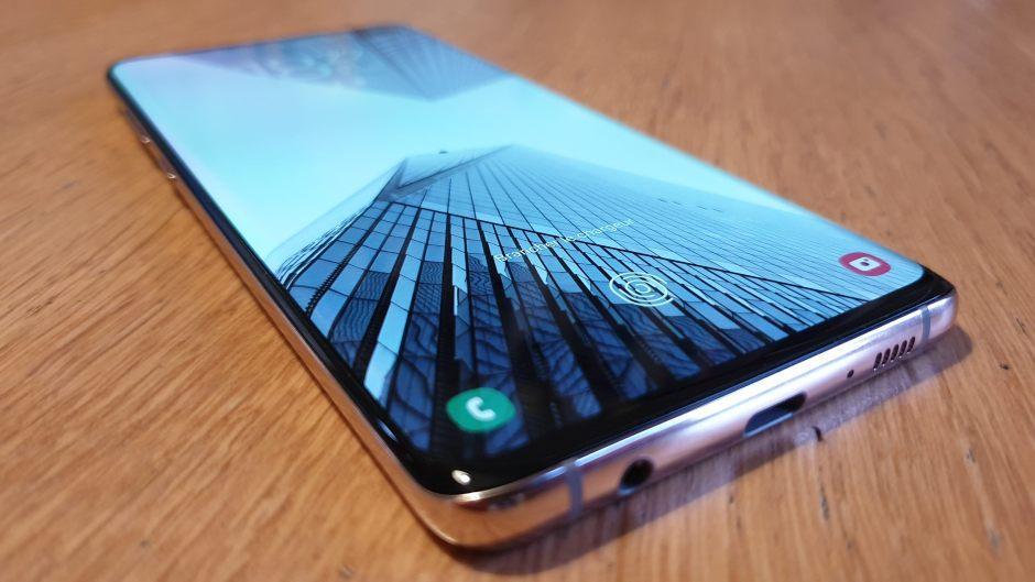 Le design original du Samsung Galaxy S10+.
