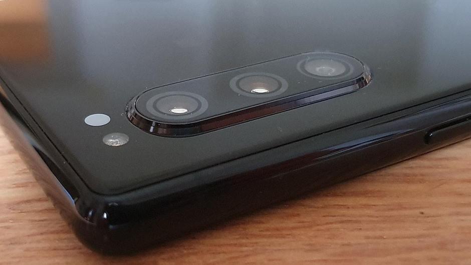 Le Sony Xperia 5 et son triple capteur 12Mpx.