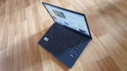 Asus ExpertBook B9: entre 850 et 950 grammes environ.