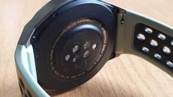 La Huawei GT2e pour mesurer son rythme cardiaque et son SpO2.