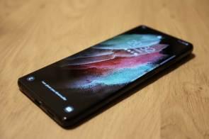 L'écran de 6,8 pouces du Samsung Galaxy S21 Ultra 5G.