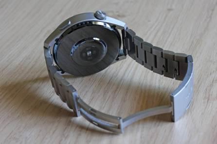 Huawei Watch 3 Pro: dos en verre saphir.