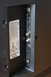 TCL 55C825X1: la connectique.
