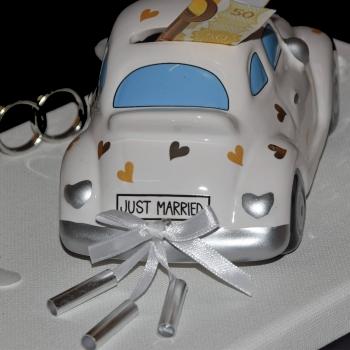 Geldgeschenk zur Hochzeit mit Spardose Brautpaar Auto Just
