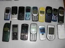 Συμβατικά κινητά τηλέφωνα