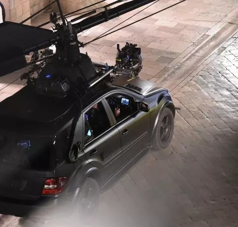 Star Wars Episode VIII filming in Dubrovnik, Dramatic scenes on set as a land speeder is seen exploding in to bits, new characters and aliens are seen for the first time on set.