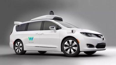 Google Waymo self driving Chrysler Pacifica Hybrid minivans (2)