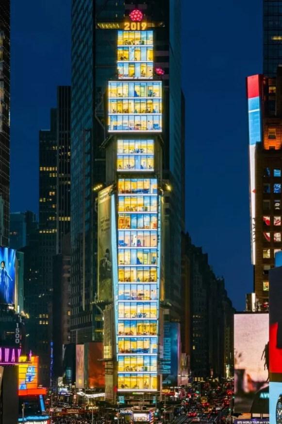 Samsung LED Signage installation